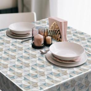 Cillas Azul  - Voksdug med grafisk mønster i blå, beige og hvide farver