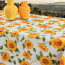 Solsikker - Voksdug i gule og orange farver på hvid bund